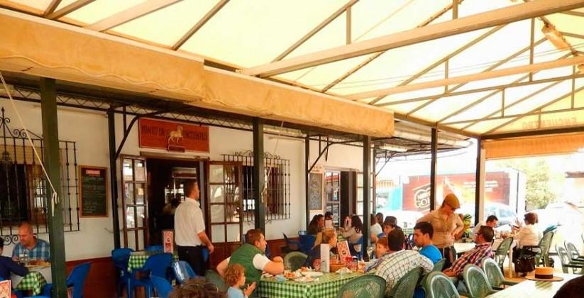 terraza-restaurante-Punto-de-Encuentro-en-Huielva